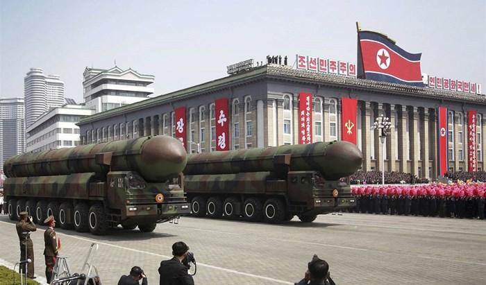 تسعى بيونغيانغ إلى تطوير صواريخها الباليستية كي يصل مداها إلى الأراضي الأميركية