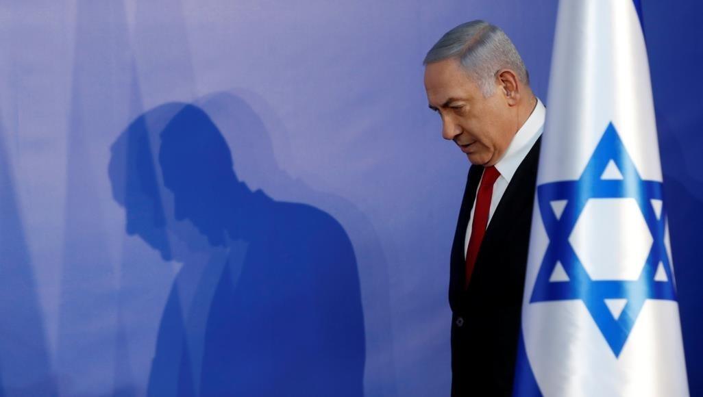 """""""إسرائيل اليوم"""": يجب على نتنياهو الاستقالة"""