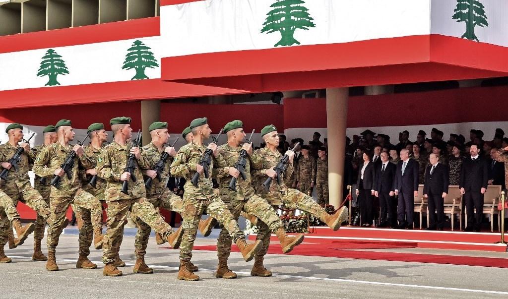 احتفال رمزي بعيد الاستقلال والرئيس اللبناني يؤكّد إصراره على محاربة الفساد