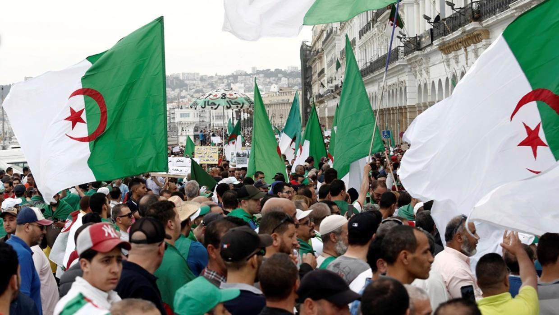 تظاهرات جديدة في الجزائر رفضاً للانتخابات الرئاسيّة