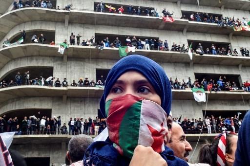 المرشحون للرئاسة الجزائرية ينتقدون التدخل الأوروبي في شؤون بلادهم
