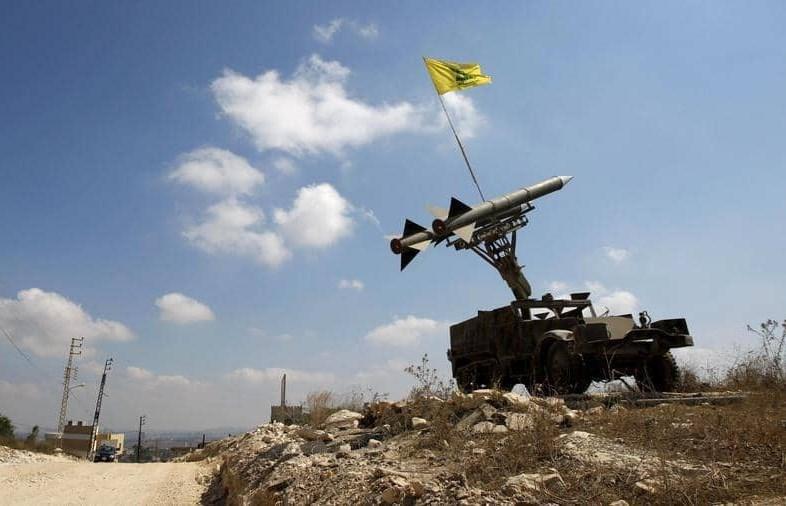 """تهديد حزب الله للطاقة يمكن أن يعيد إسرائيل إلى """"عصر التوراة"""""""