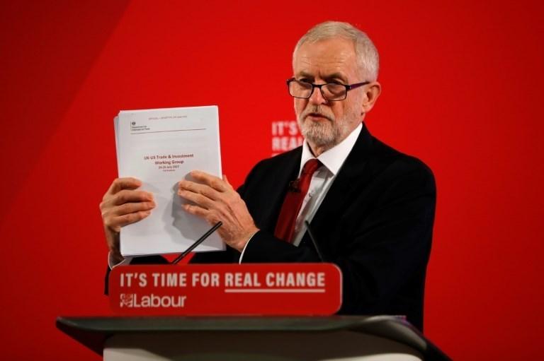 """""""العمال"""" البريطاني يتهم جونسون بعزمه بيع النظام الصحي إلى أميركا"""