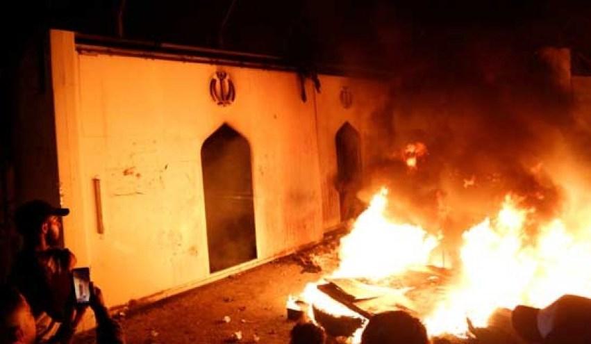 طهران تدعو بغداد إلى التعامل بحزم مع منفذي هجوم القنصلية في النجف