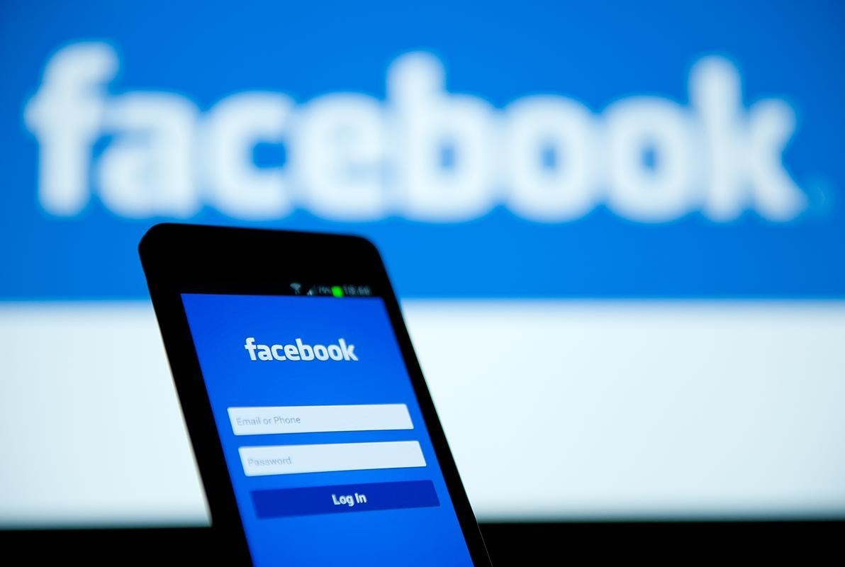 """فيسبوك يصحح منشوراً بموجب قانون مكافحة """"الأخبار الكاذبة"""" في سنغافورة"""