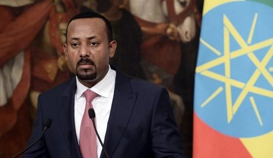 وزير الدفاع الأثيوبي يوجه انتقادات علنية لرئيس الوزراء آبيي أحمد