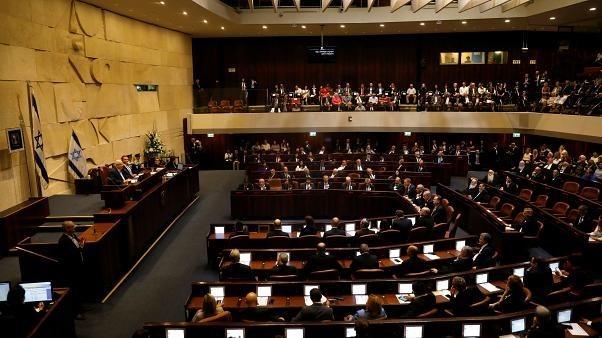 للمرة الثالثة.. الكنيست الإسرائيلي يحل نفسه ويدعو لإجراء انتخابات