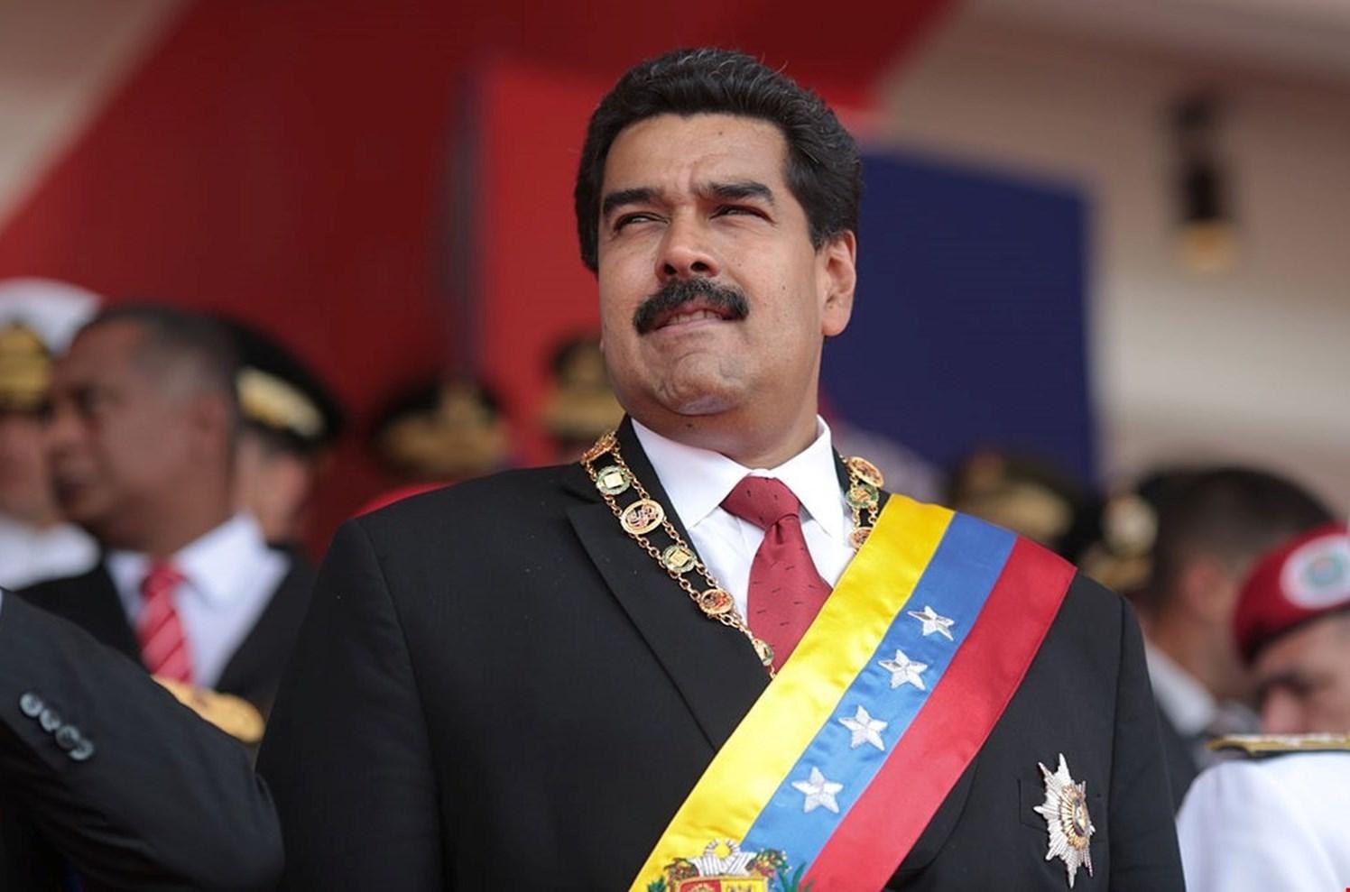 """الرئيس الفنزويلي يشكر """"الميادين"""" على اختياره شخصية العام الدوليّة"""