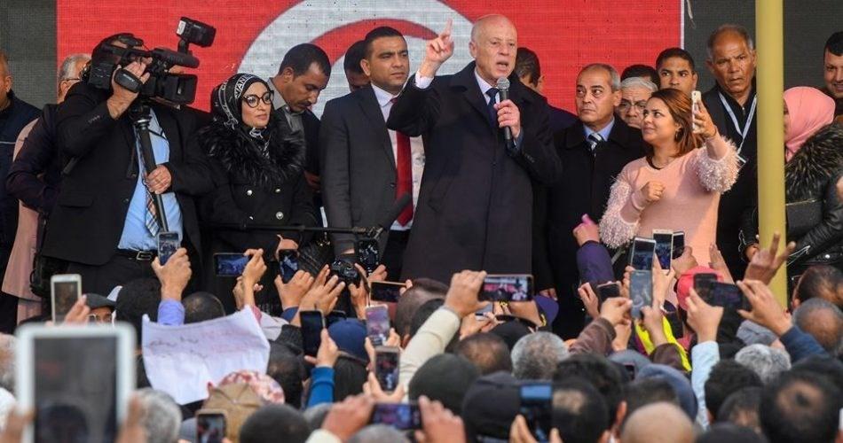 سعيّد في ذكرى الثورة التونسية: هناك مؤامرة وتعرفون من يقف وراءها بالاسم