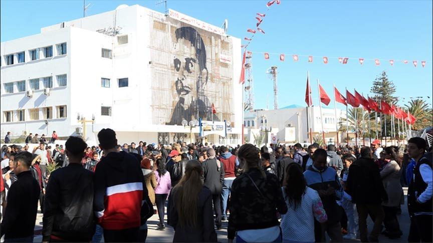 تونس تحيي ذكرى الثورة: حرياتٌ أكثر.. ولكن ماذا عن المعيشة؟