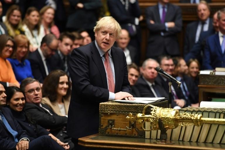 """""""العموم البريطاني"""" يتبنّى اتفاق """"بريكست"""" الذي قدمه جونسون"""