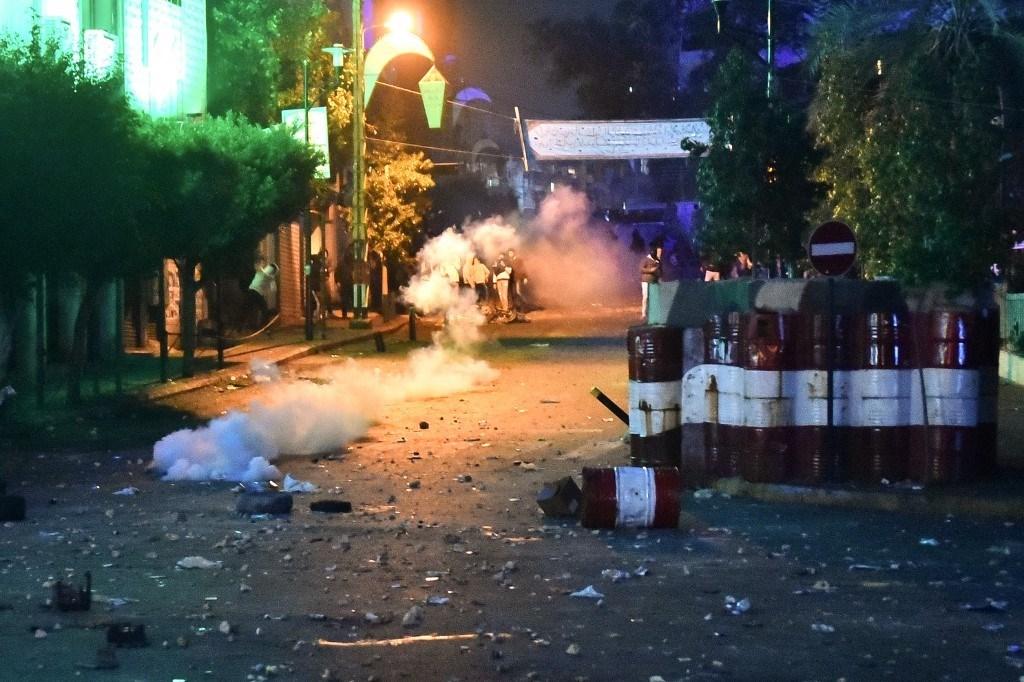 عودة الهدوء إلى بيروت بعد مواجهات بين محتجين والقوى الأمنية