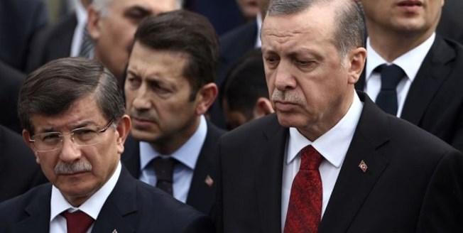 رهانات داوود أوغلو بوجه إردوغان.. تغيير قواعد اللعبة