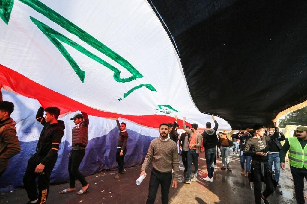 """صالح يلوّح بالاستقالة قبل تكليف مرشح """"لا ينال قبول الشعب"""""""