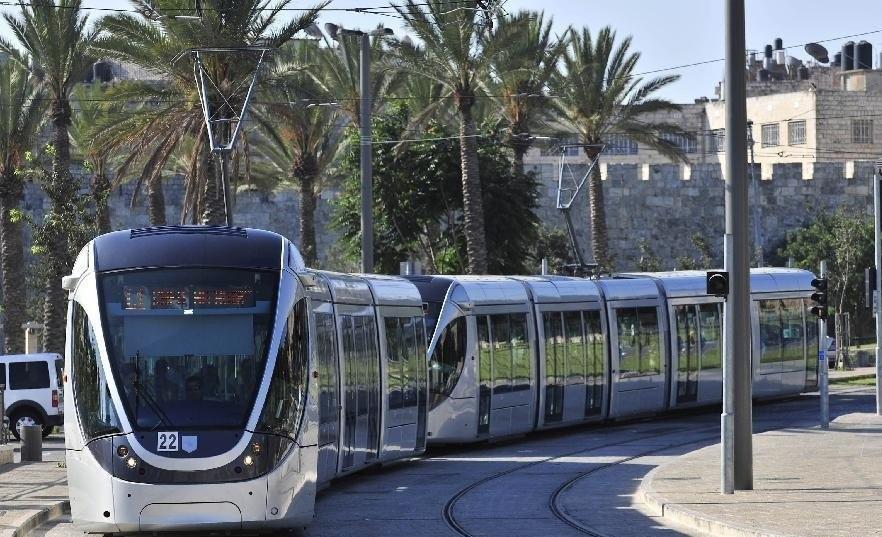 موقع إسرائيلي: روسيا: أوقفوا الأعمال في القطار الخفيف في القدس