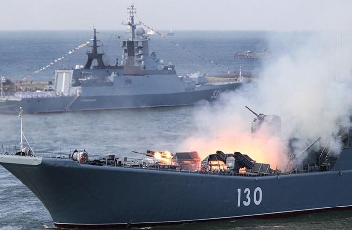 مناورات حزام الأمن البحري المشتركة مستمرة في بحر عُمان والمحيط الهندي
