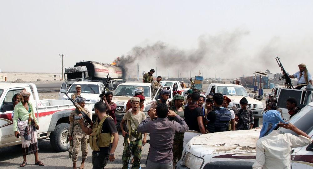 انفجار يستهدف عرضاً عسكرياً للمجلس الانتقالي المدعوم إماراتياً في الضالع باليمن