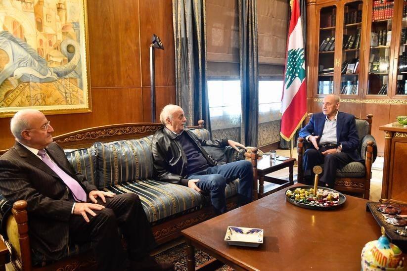 لبنان: عون متفائل.. وجنبلاط سيشارك عبر وزراء من خارج حزبه