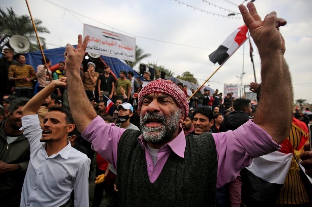 العراق: اتفاق أمني على خلفية أحداث السنك والخلاني واستهداف لمقرّ الصدر