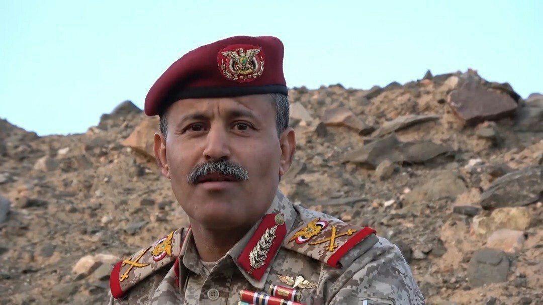 """وزير دفاع حكومة صنعاء: جاهزون لشلّ قدرات العدو و""""إسرائيل"""" ضمن أهدافنا"""