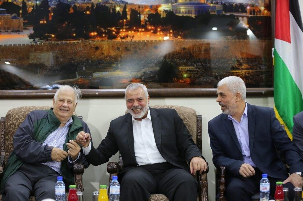 الناصر: حماس وافقت على إجراء الإنتخابات وفق رؤية عباس