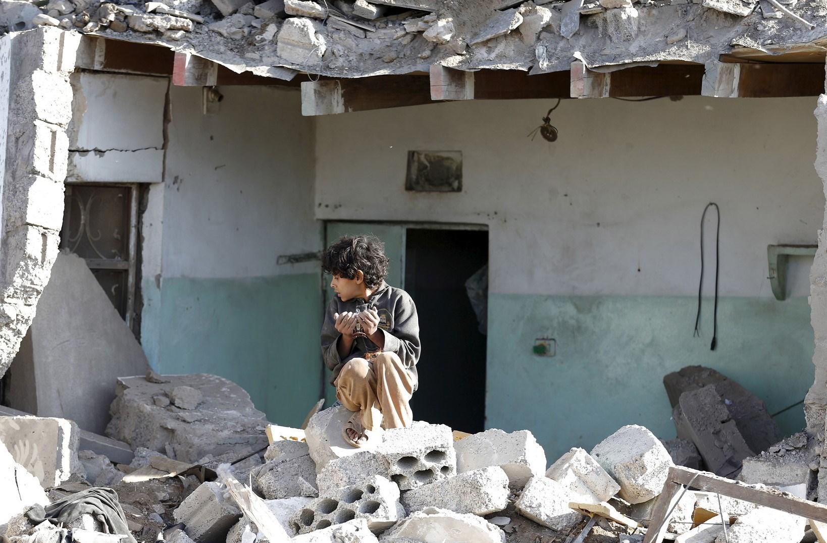رويترز: بومبيو يمنع إدراج السعودية في قائمة تؤكد استخدامها أطفالا في حرب اليمن