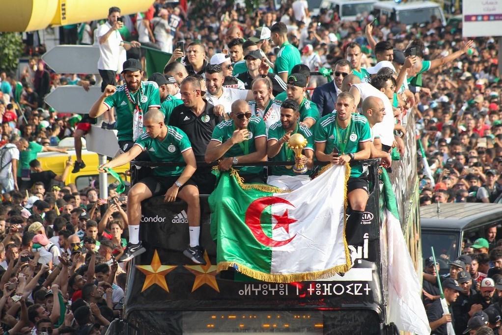 الجزائر واللقب الأفريقي: تحقَّق المهم... ويبقى الأهمّ