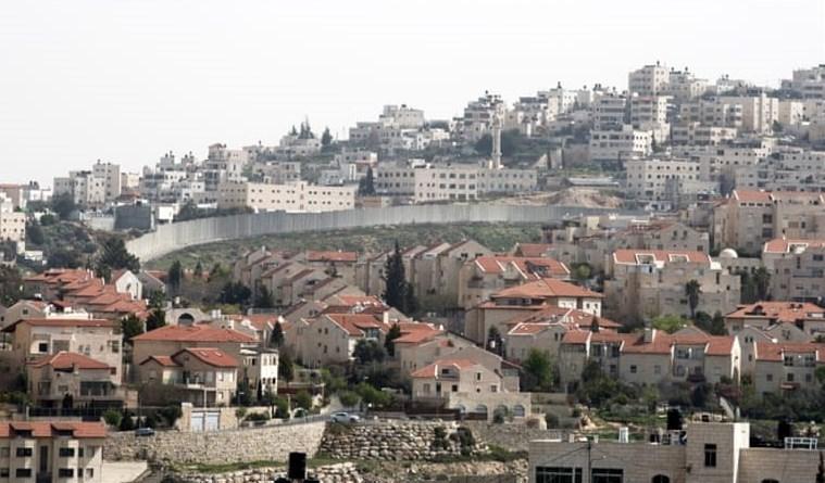"""هآرتس: """"إسرائيل"""" ستسمح لليهود بتملك أراضٍ في الضفة"""