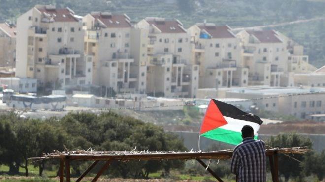 """""""حماس"""": تصريحات بينيت حول """"المنطقة ج"""" استمرار في سياسة التطهير العرقي"""
