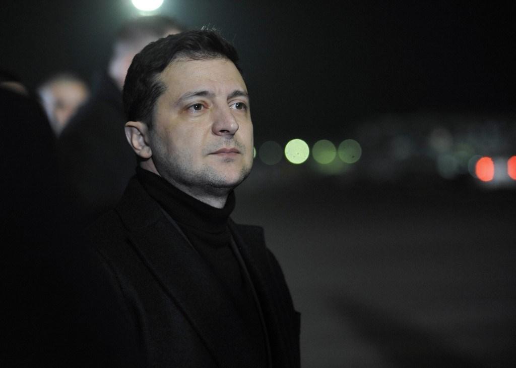 الرئيس الأوكراني يطالب باستكمال التحقيق في قضية الطائرة وروحاني يعتذر