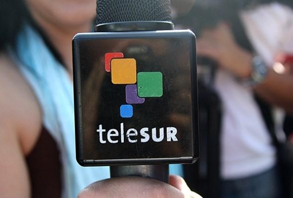"""قناة """"تيلي سور"""" ترد على تهديدات غوايدو بإقفالها:  سنواصل"""