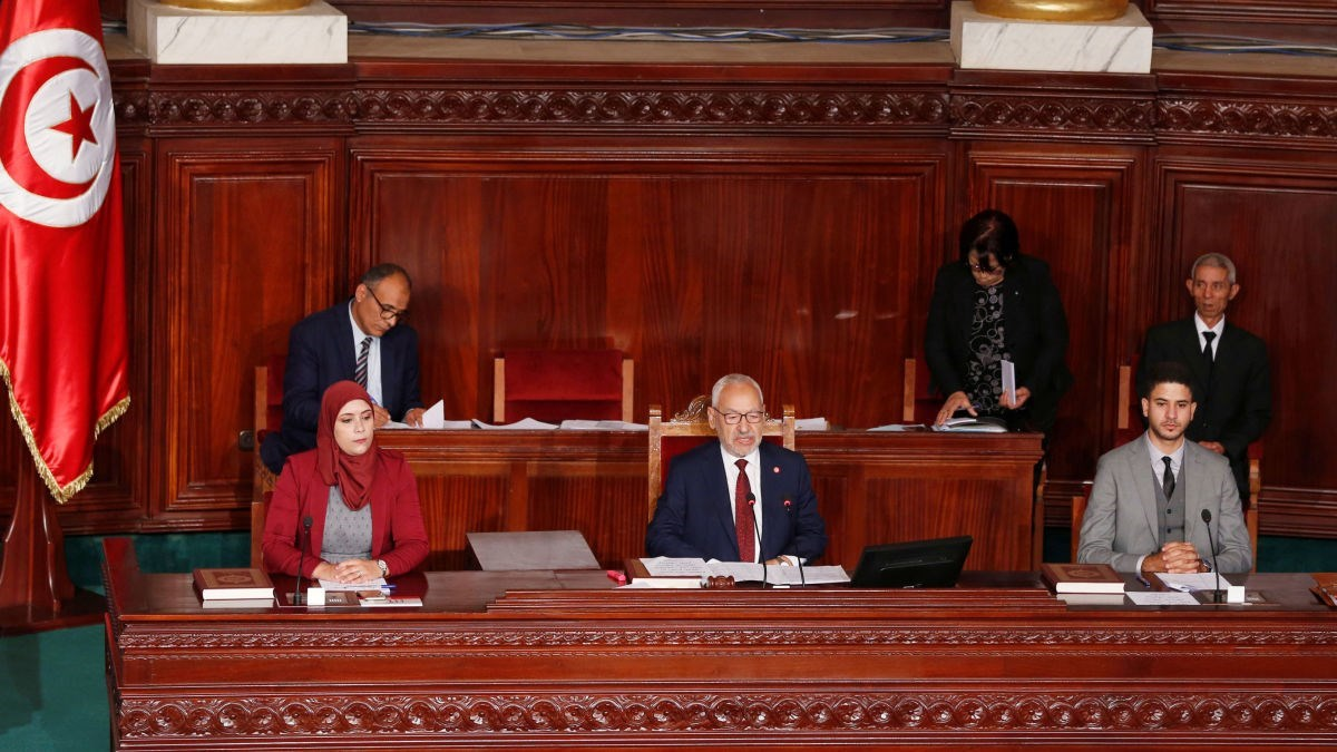 الغنوشي يرفع جلسة البرلمان بعد مشاحنات مع الكتل النيابية
