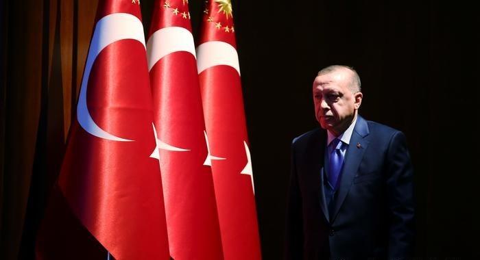 """إردوغان.. بين شعارات """"الأمَّة"""" ومقولات """"المِلَّة"""""""