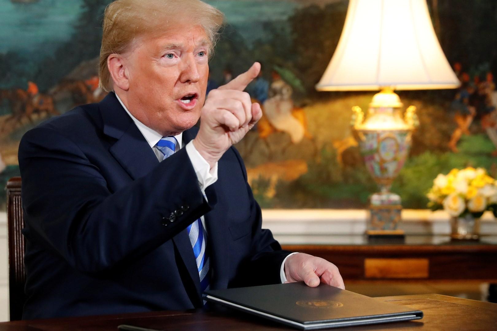 """مسؤول سابق في الـ""""سي آي ايه"""": ترامب يتجاهل التقارير الاستخباراتية ويبحث عن الشهرة"""