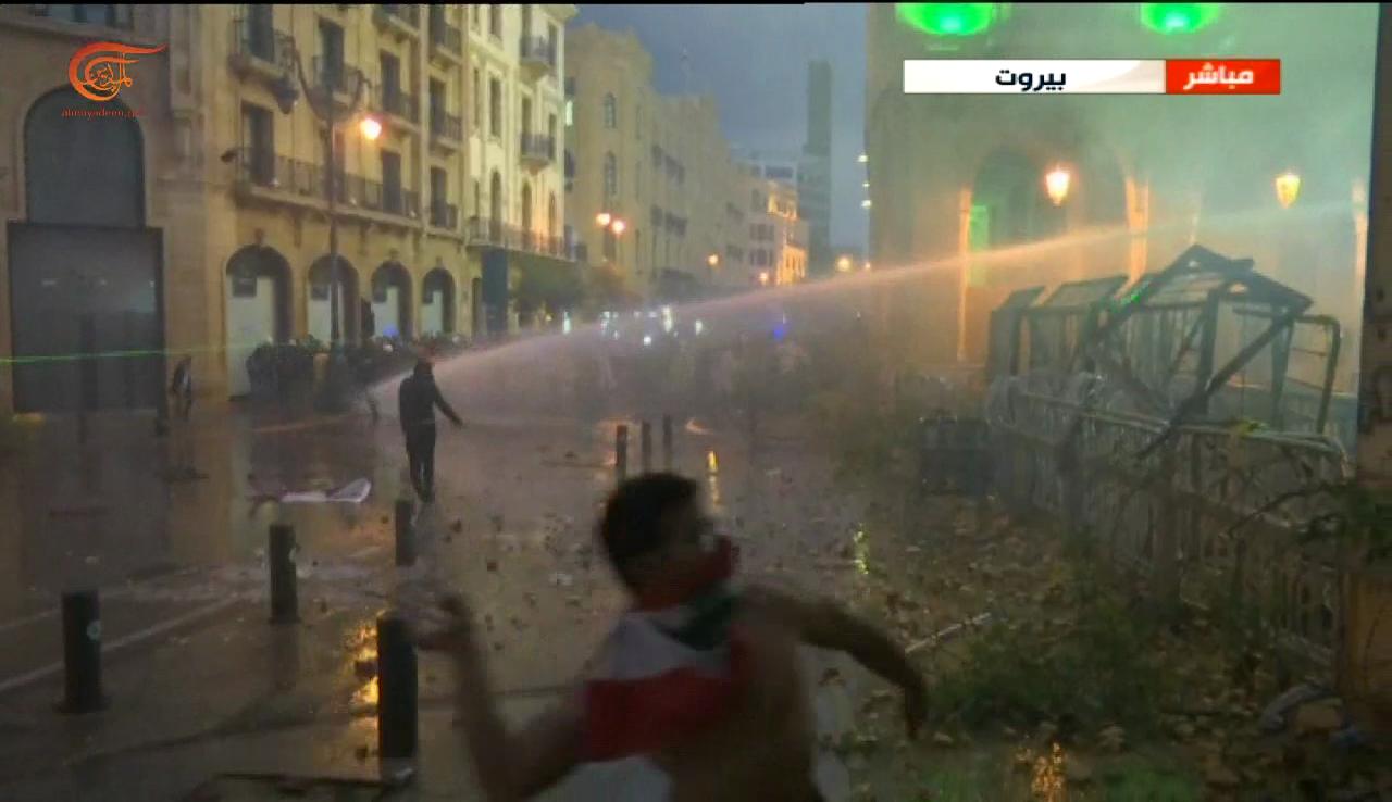 عودة الهدوء إلى العاصمة اللبنانية بعد مواجهات بين القوى الأمنية ومتظاهرين