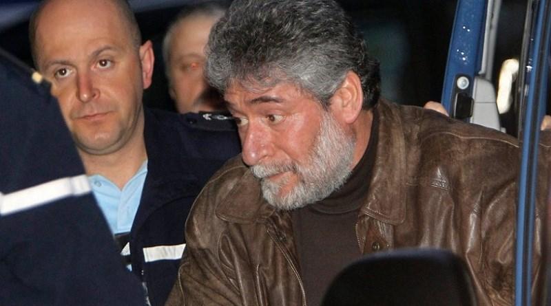 أقدم معتقل سياسي في سجون أوروبا.. لأنه لم يعلن التوبة!