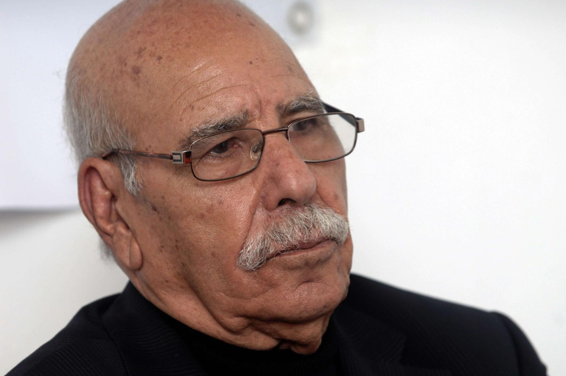 السلطات الجزائرية تفرج عن لخضر بورقعة... مؤقتاً