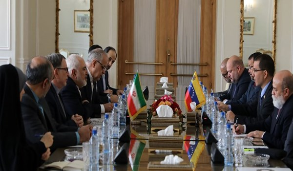 روحاني خلال استقباله وزير الخارجية الفنزويلي: إيران مستعدة لتنمية العلاقات والتعاون