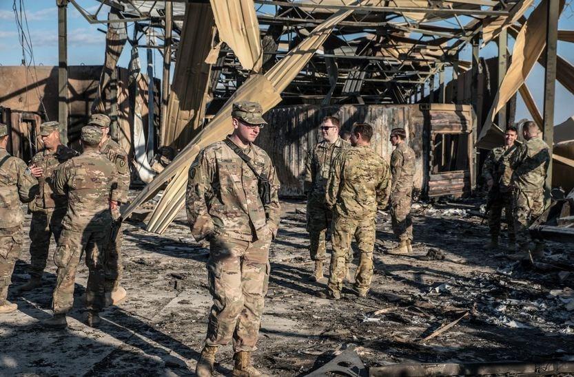 """لأول مرة.. ترامب يقرّ بإصابة جنود أميركيين في """"عين الأسد"""""""