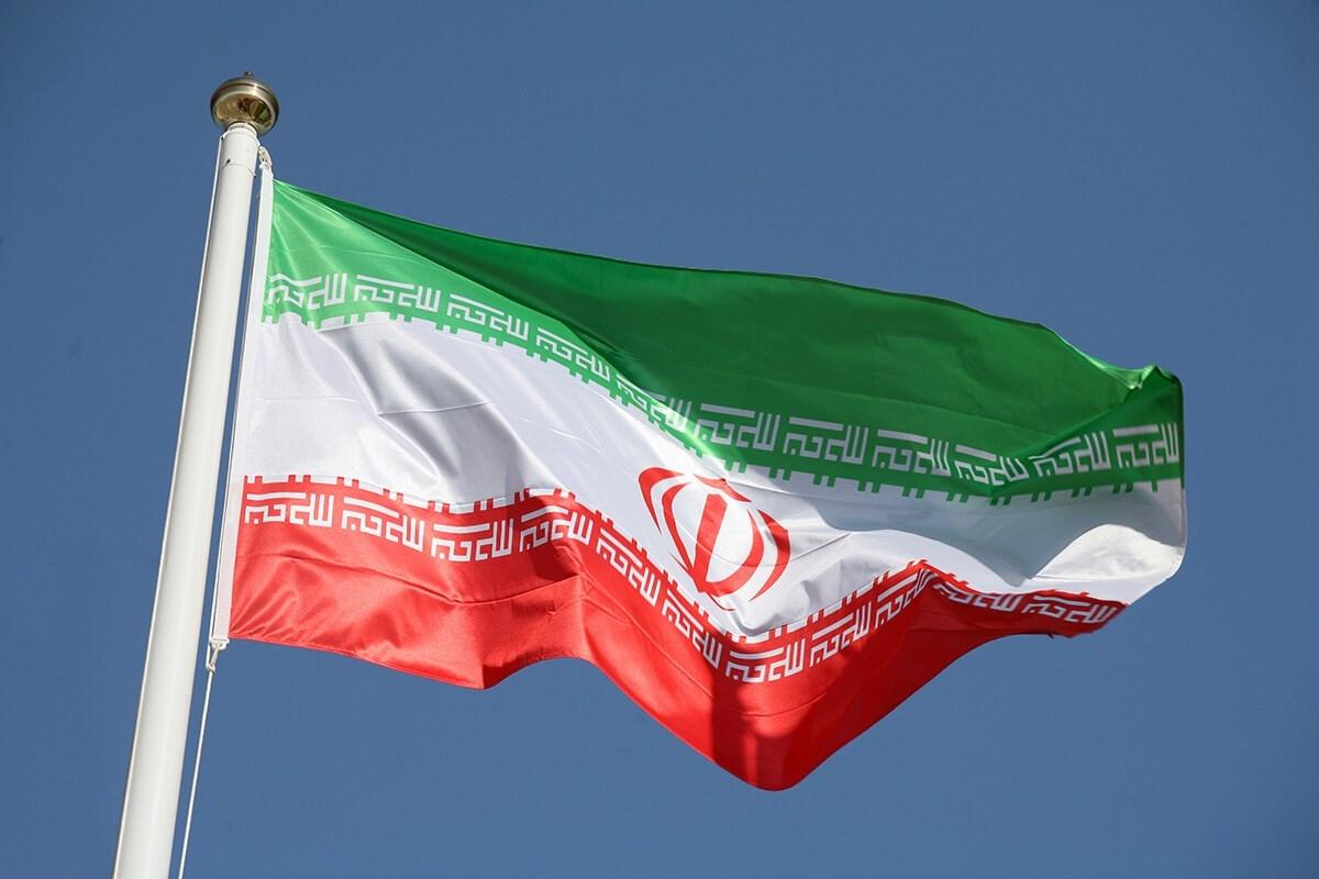 لماذا نلوم إيران؟