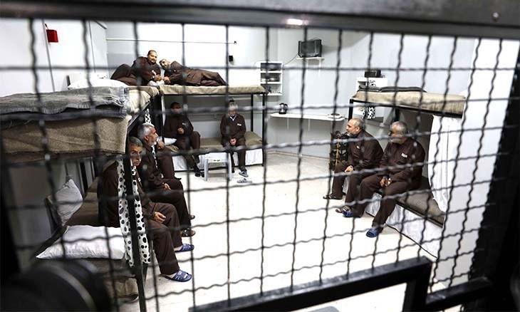 أسرى  فلسطين: الإهمال الطبي المتعمد للمرضى يزيد من أعداد المصابين بأمراض خطيرة