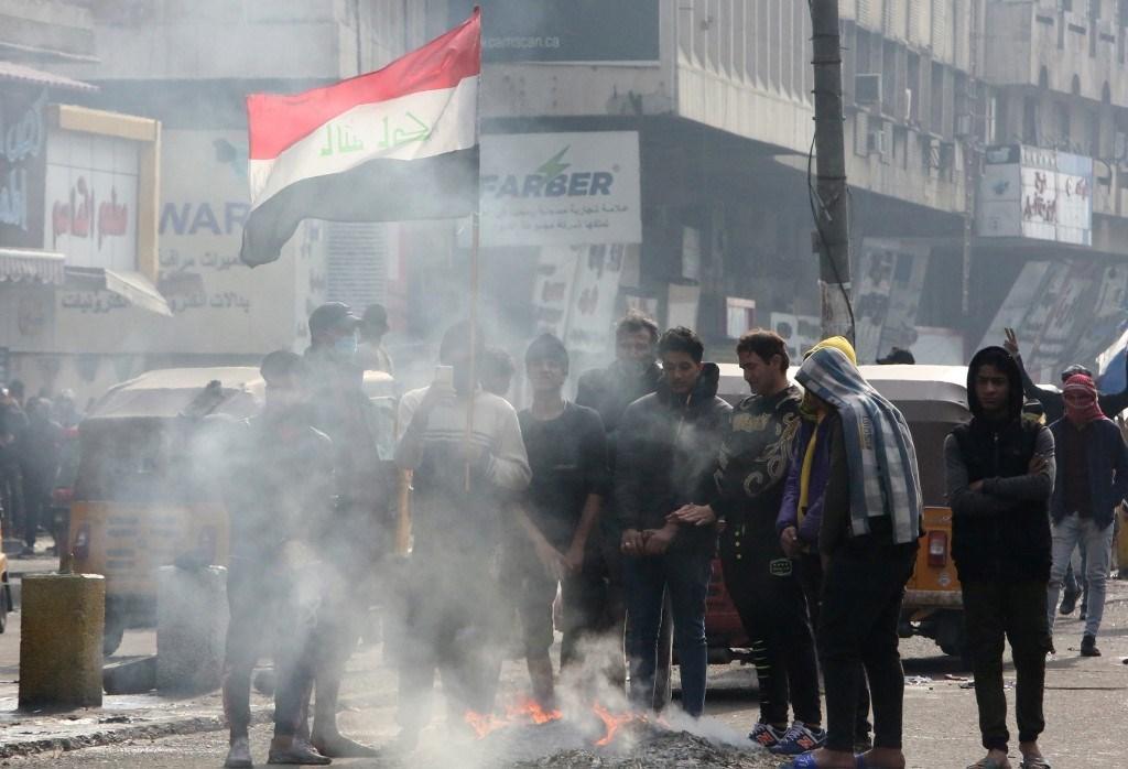قتلى وجرحى في بغداد والناصرية في اشتباكات مع القوى الأمنية