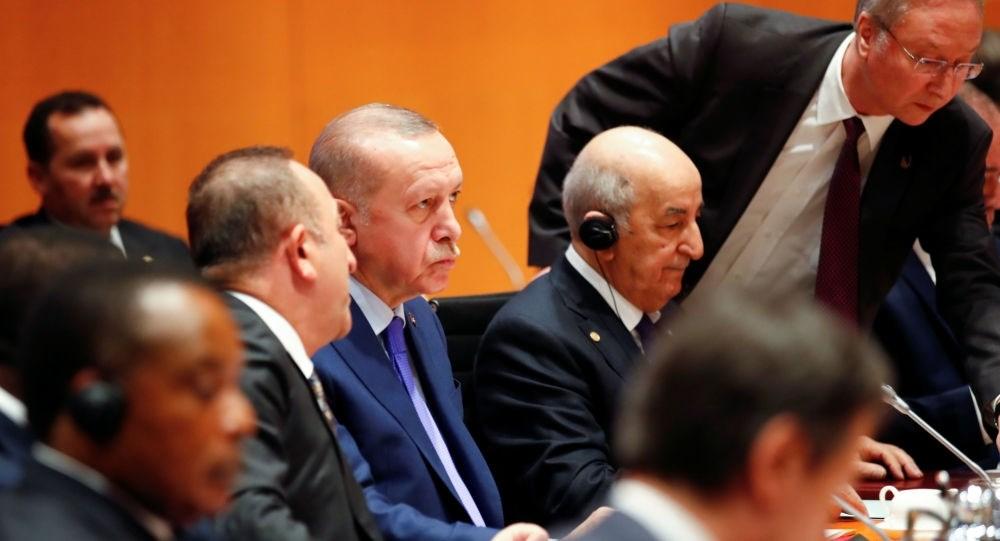 إردوغان من الجزائر: لا حل عسكري للأزمة الليبية