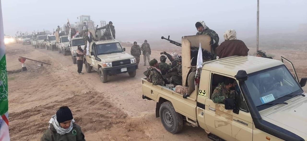 الحشد الشعبي يعزز انتشاره على الحدود مع سوريا