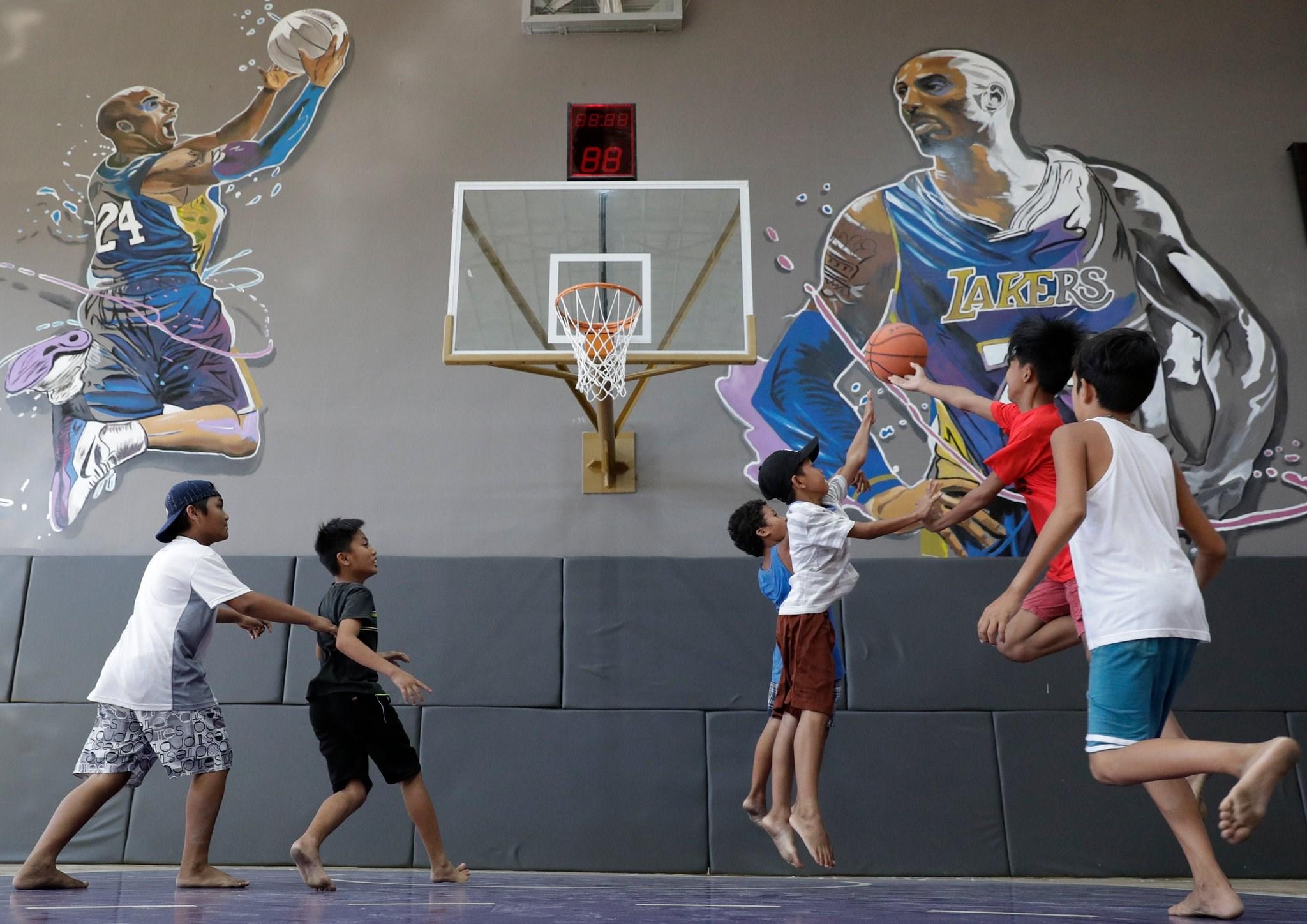 كرة السلة من دونه كبئر جفّ فيها الماء.. وداعاً كوبي براينت