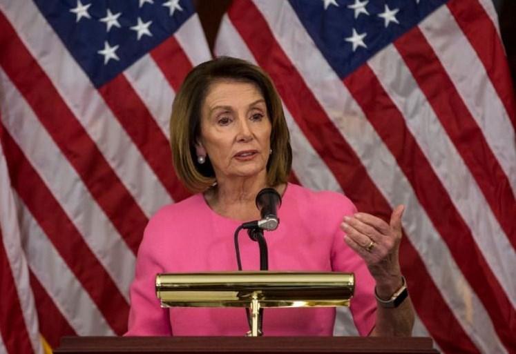 بيلوسي: الأعمال العسكرية والاستفزازية لإدارة ترامب تعرض الجنود والدبلوماسيين للخطر