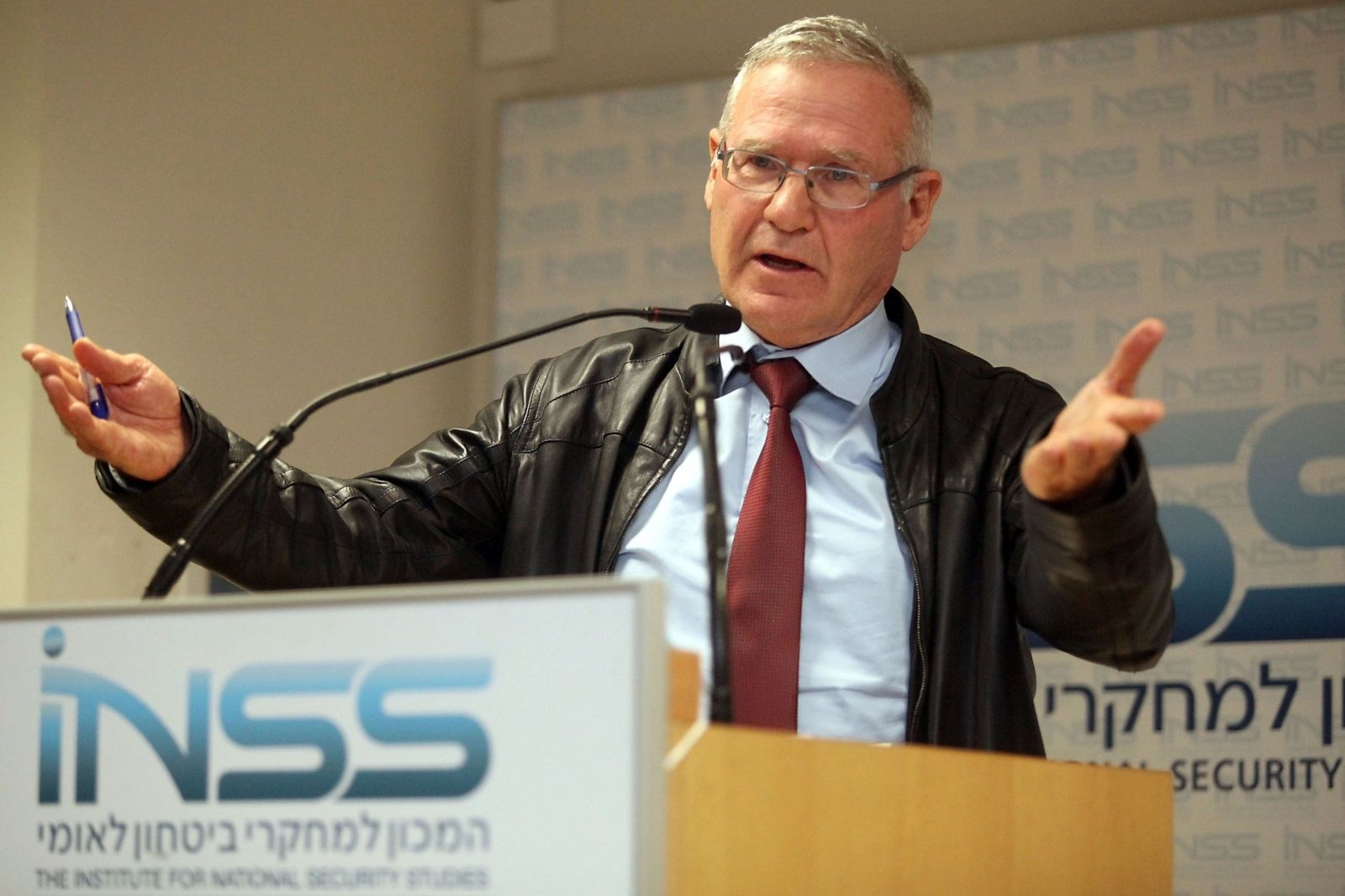 """""""إسرائيل"""" تتوقع حرب متعددة الساحات عقب اغتيال سليماني"""