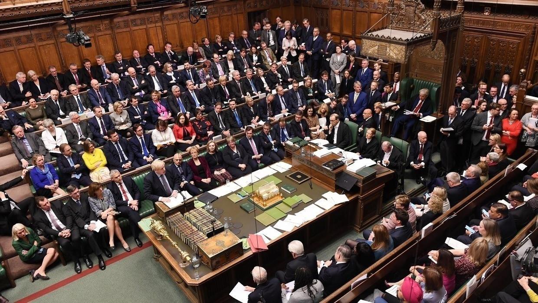 """""""العموم البريطاني"""" يقر مشروع قانون الخروج من الاتحاد الأوروبي"""