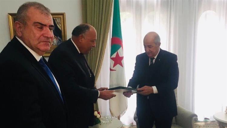 وزيرا خارجية إيطاليا ومصر يصلان الجزائر لبحث الأزمة الليبية