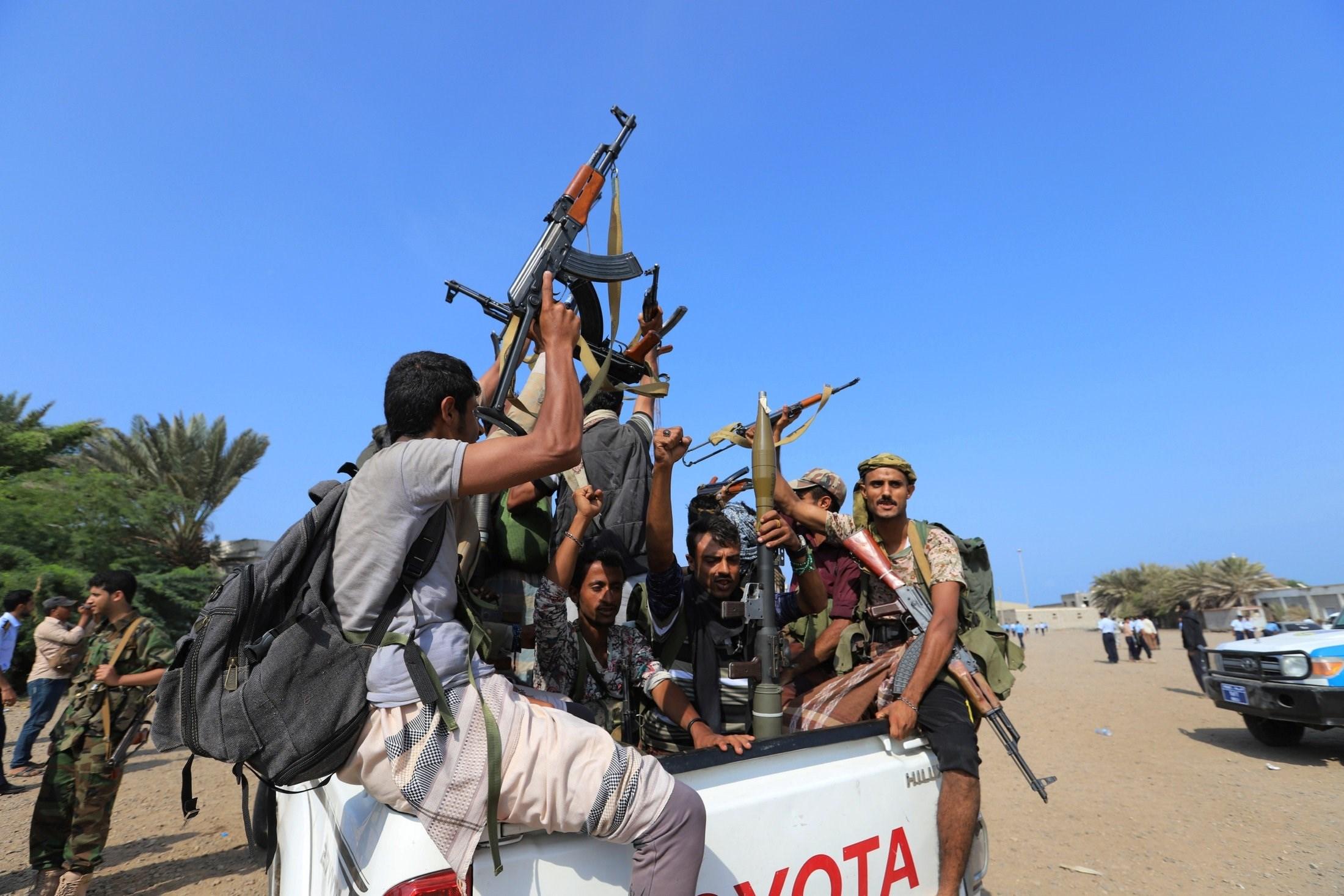 اليمن: الإفراج عن 58 أسيراً بعملية تبادل بين قوات هادي والمجلس الانتقالي